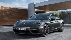 2017 Porsche Panamera Wallpaper