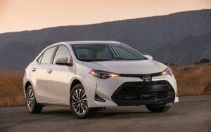 2017 Toyota Corolla White Wallpaper
