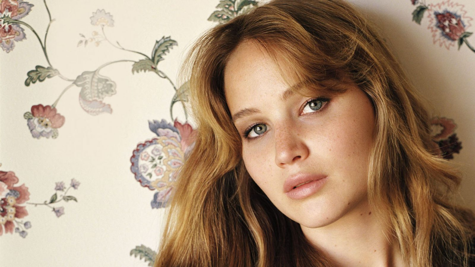 Actress Jennifer Lawrence Wallpaper Hd Wallpaper Background