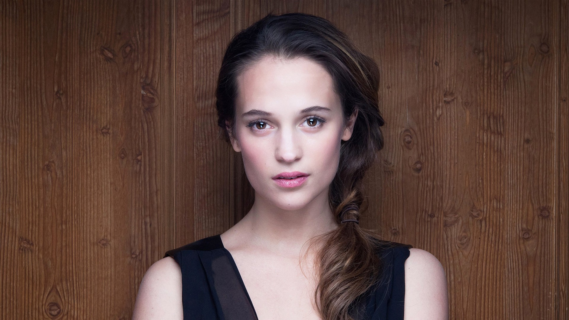 alicia vikander wallpaper background