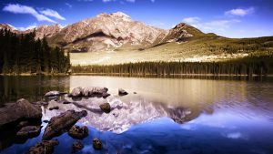 Amazing Mountain Reflection 4K Wallpaper