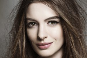 anne hathaway wallpaper background