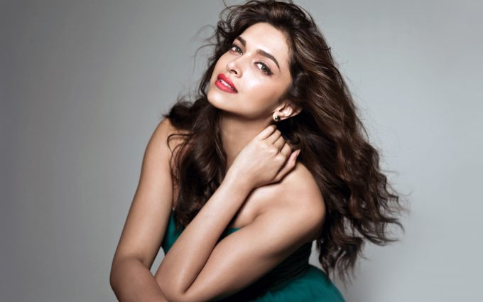 deepika padukone hot wallpaper background
