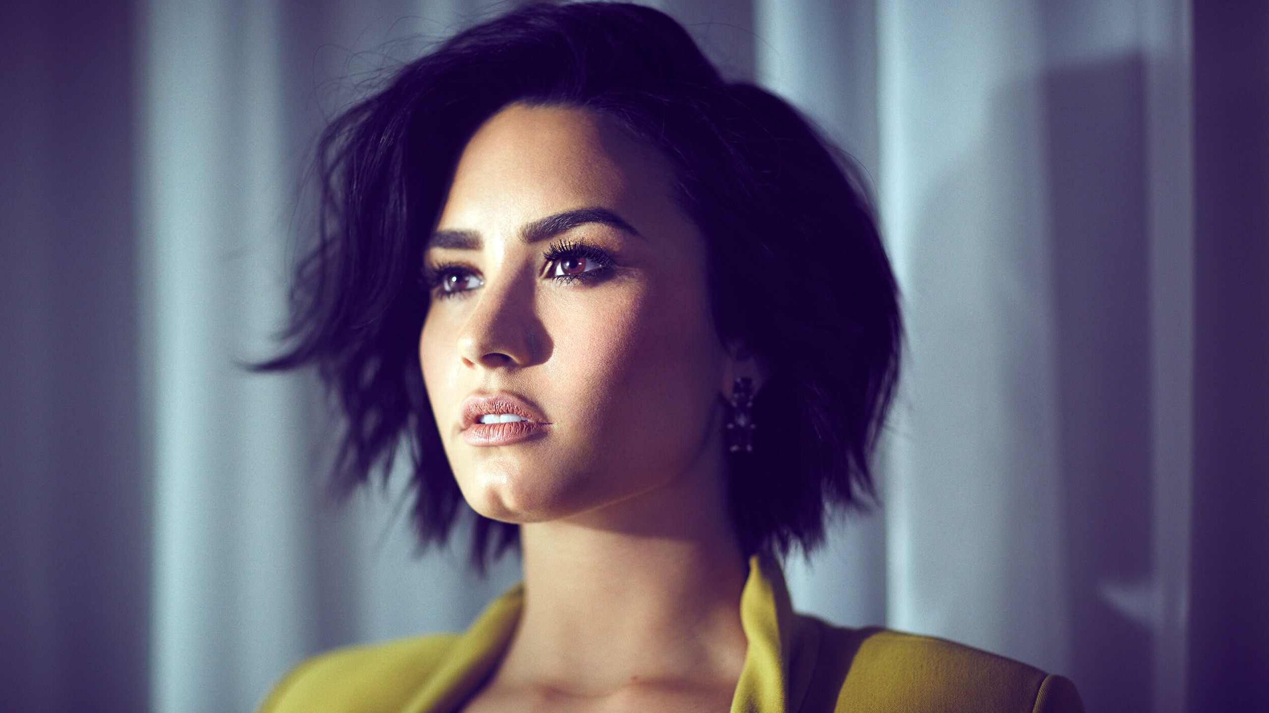 demi lovato wallpaper background