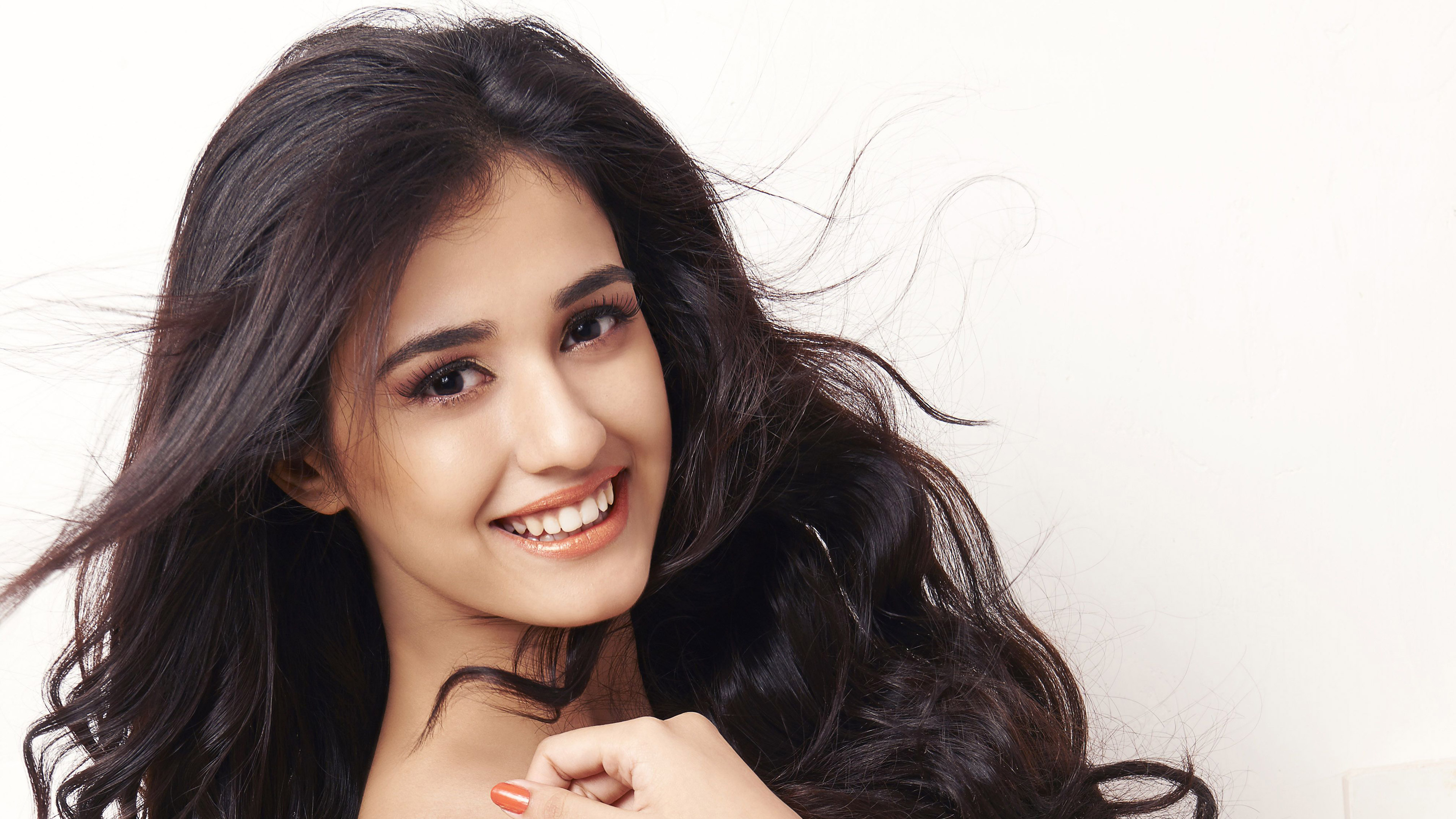 disha patani wallpaper 4k background