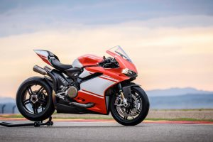 ducati 1299 superleggera wallpaper 4k 8k background