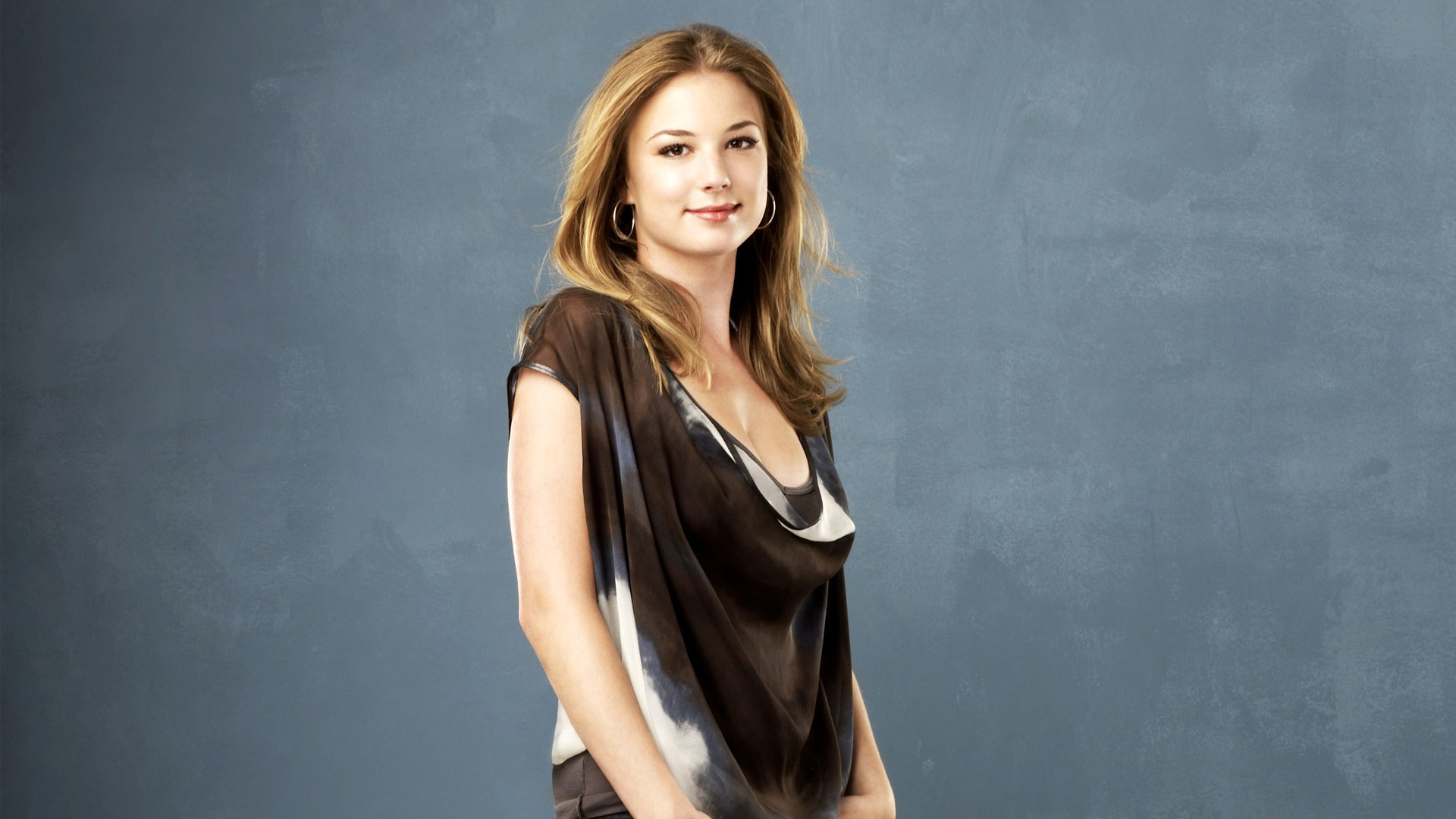 emily vancamp wallpaper background