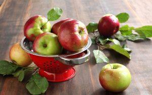 Fresh Apples Wallpaper