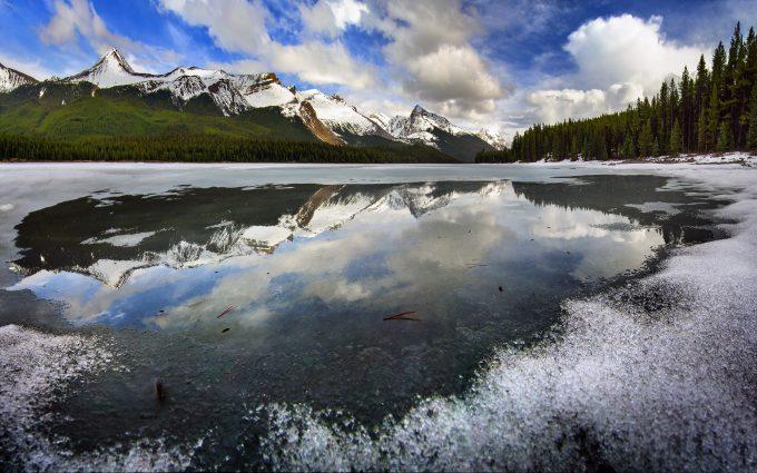 frozen lake 4k wallpaper background