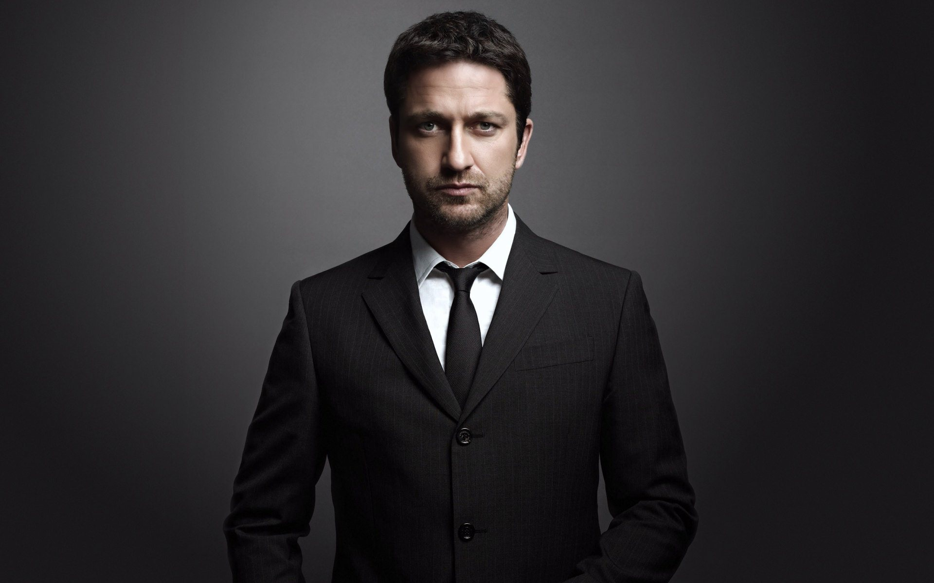 gerard butler wallpaper background