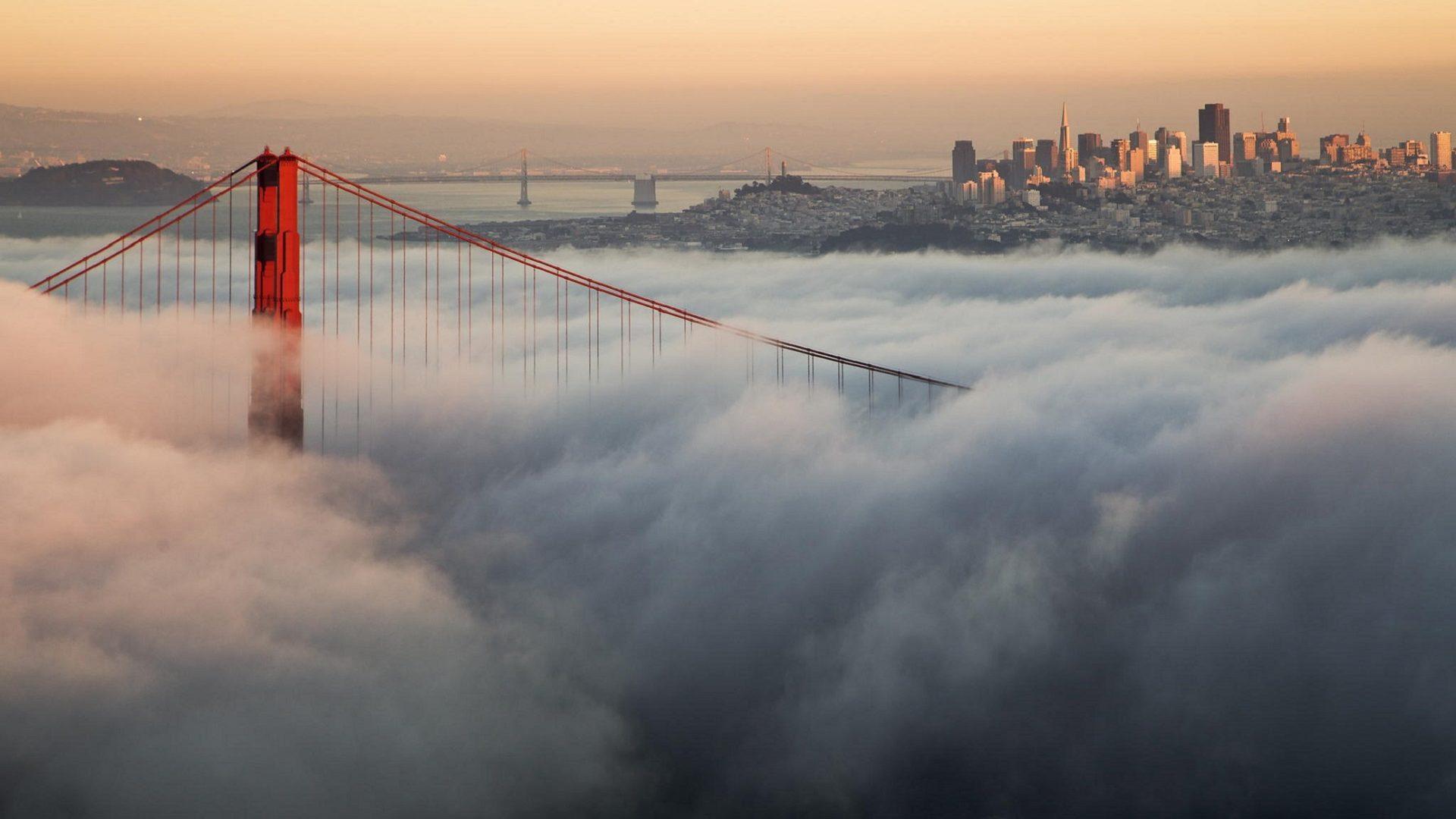 Fog Over The Golden Gate Bridge HD Desktop Wallpaper for K
