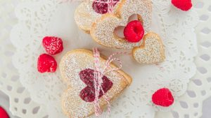 Heart Biscuits Wallpaper