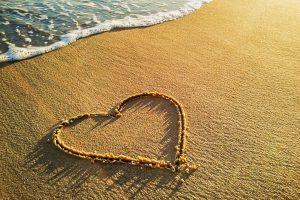 heart on sand wallpaper background