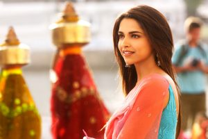 hot deepika padukone wallpaper background