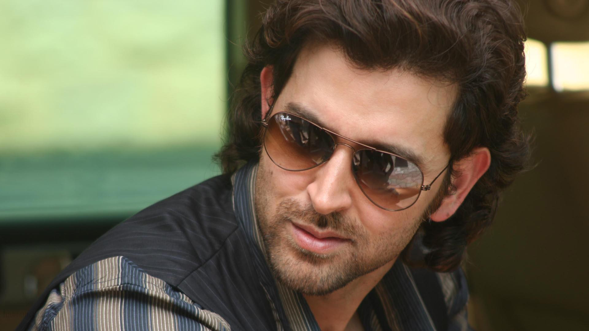 hrithik roshan wallpaper background