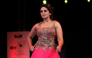 Huma Qureshi on Ramp Wallpaper