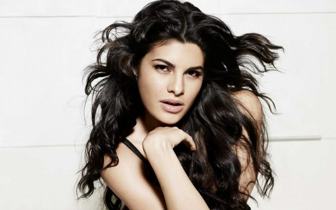 jacqueline fernandez hot wallpaper