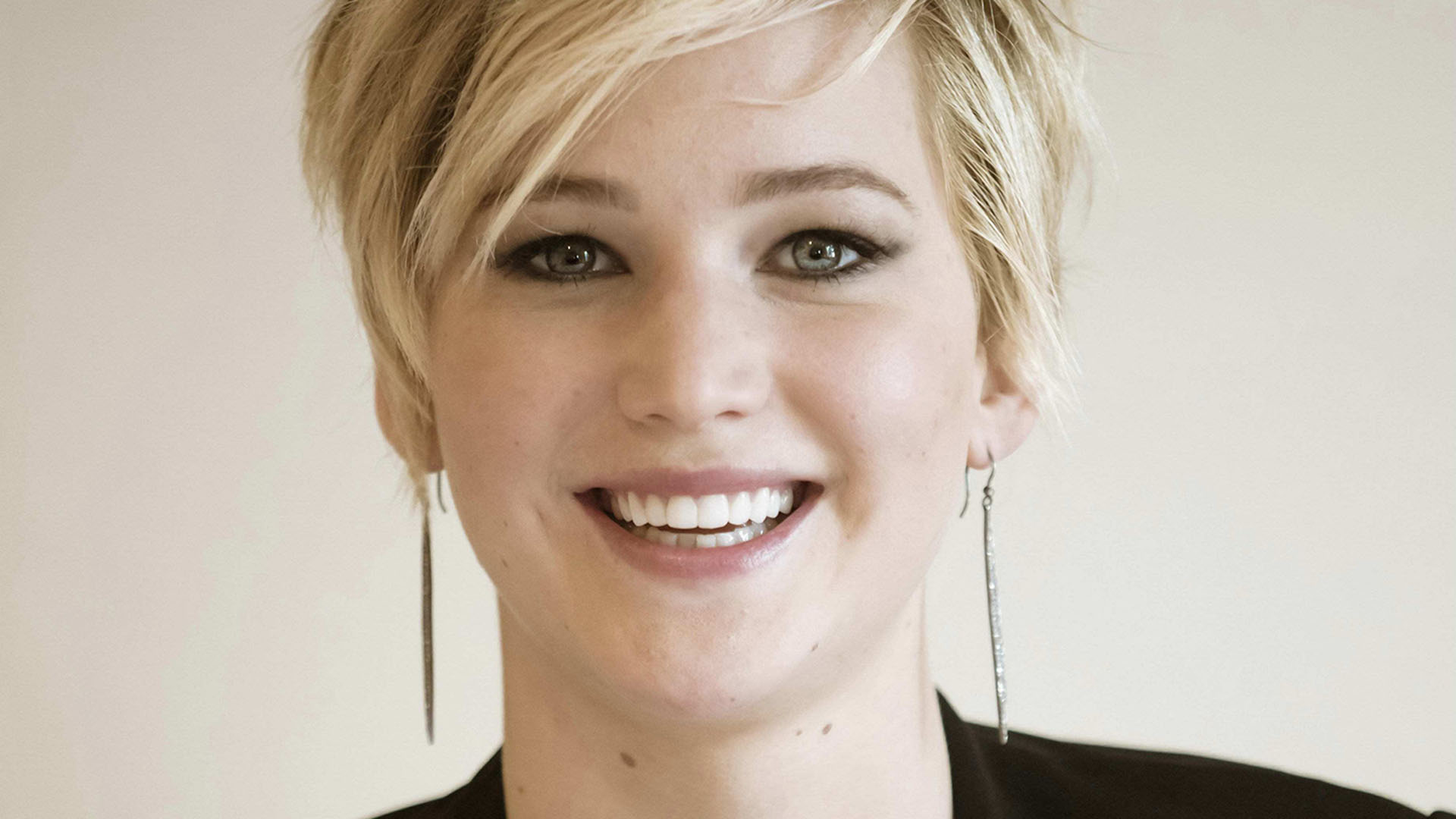 jennifer lawrence smile wallpaper background wallpapers