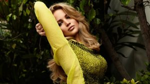 Jennifer Lawrence Yellow Dress Wallpaper