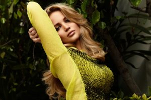 jennifer lawrence yellow dress wallpaper background