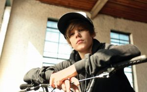 Justin Bieber Wallpaper Background