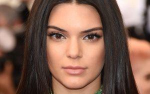 Kendall Jenner Eyes Wallpaper