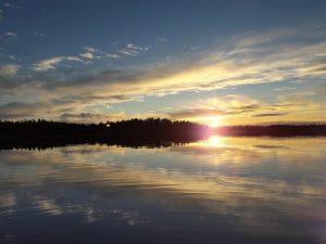 Lake Sunset Wallpaper Background