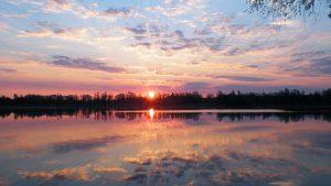 Lake Sunset Wallpaper 4K Background