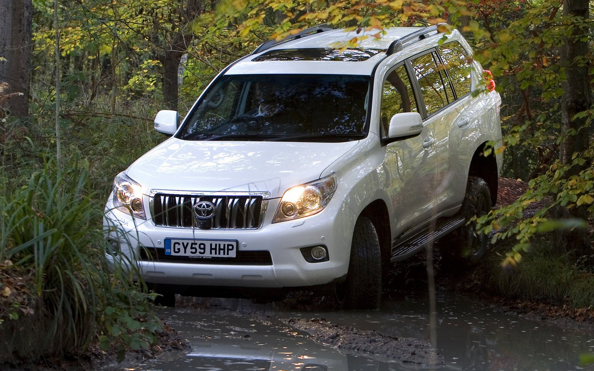 land cruiser prado off road wallpaper