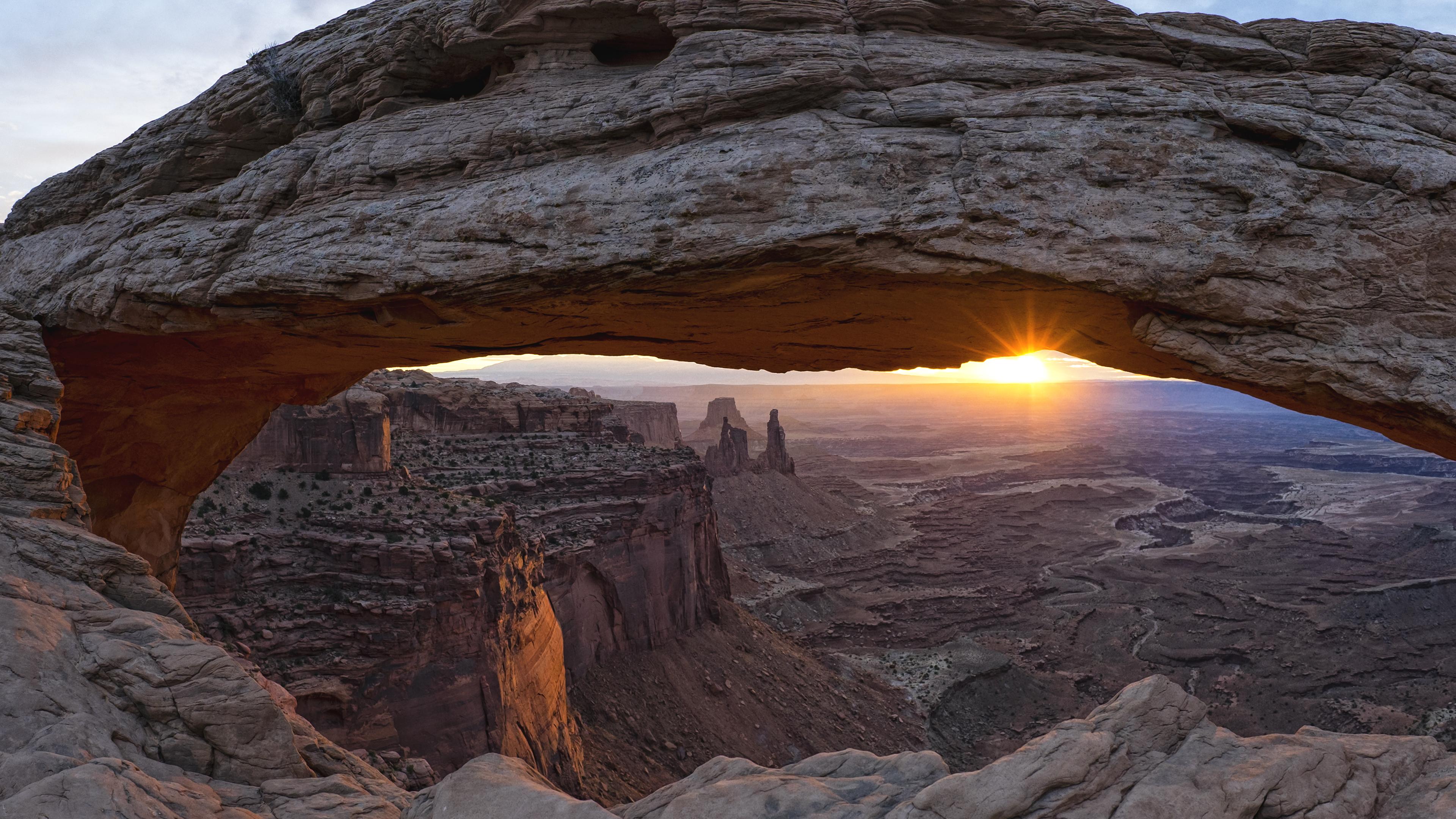 Mesa arch sunrise 4k wallpaper background hd wallpaper background - 4k wallpaper download ...