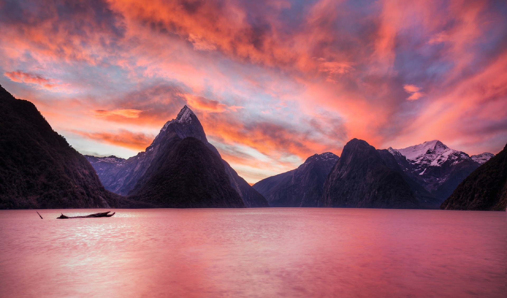 milford sound wallpaper background