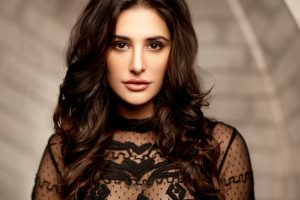 nargis fakhri wallpaper 4k background