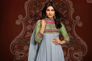parineeti chopra green dress wallpaper background