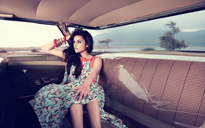 parineeti chopra hot wallpaper background