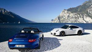Porsche Carrera GTS Wallpaper