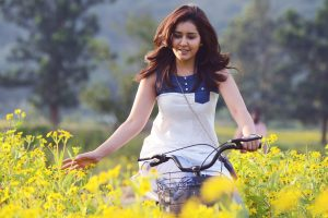 rashi khanna in flowers wallpaper 4k background