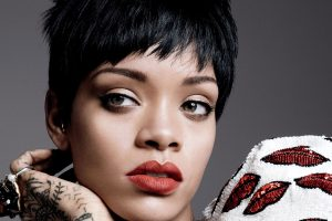 rihanna lips wallpaper