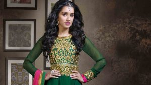 Shraddha Kapoor Green Dress Wallpaper