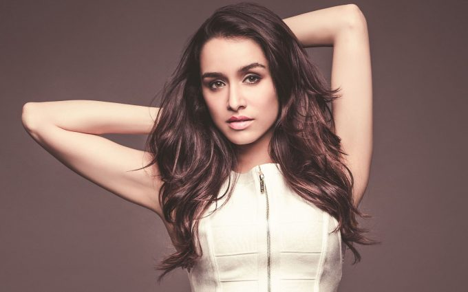 shraddha kapoor in white dress