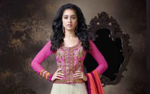 Shraddha Kapoor Pink Dress Wallpaper