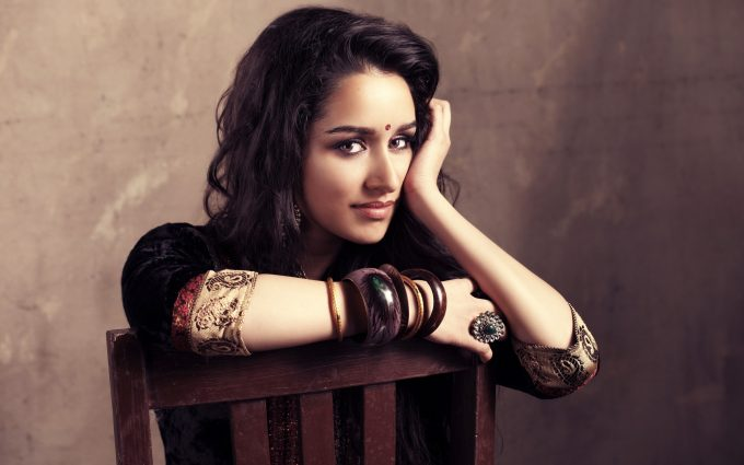 shraddha kapoor wide wallpaper background