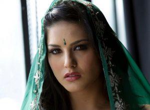 Sunny Leone in Green Dress Wallpaper