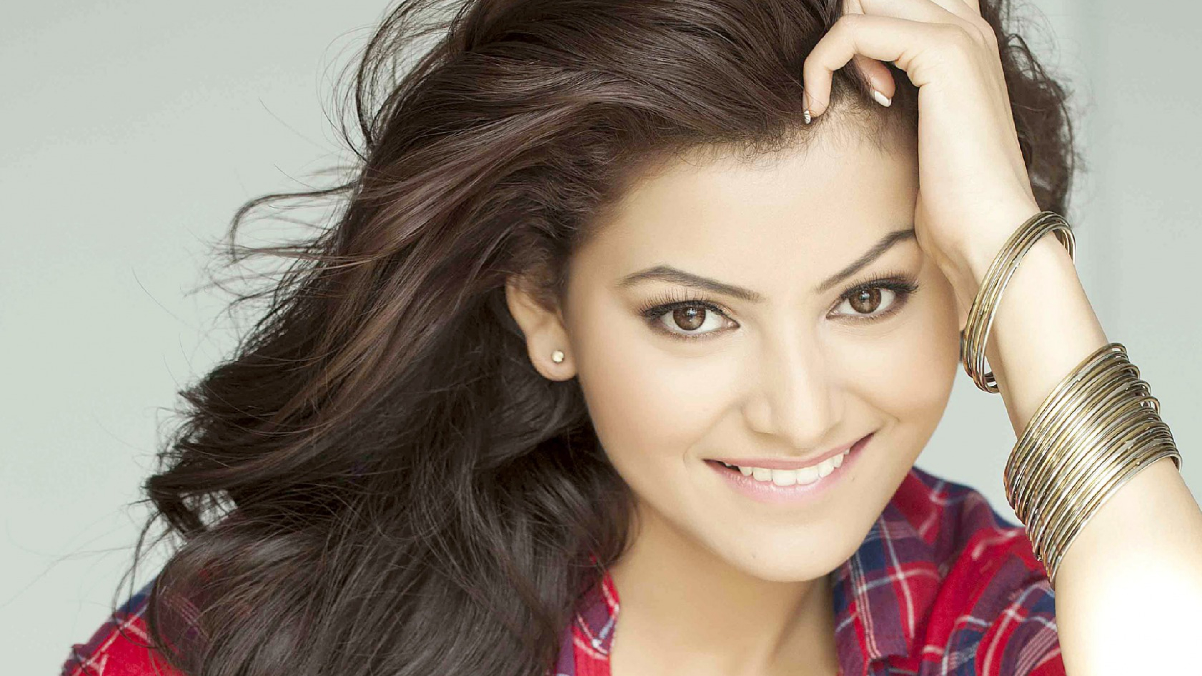 urvashi rautela wallpaper 4k background