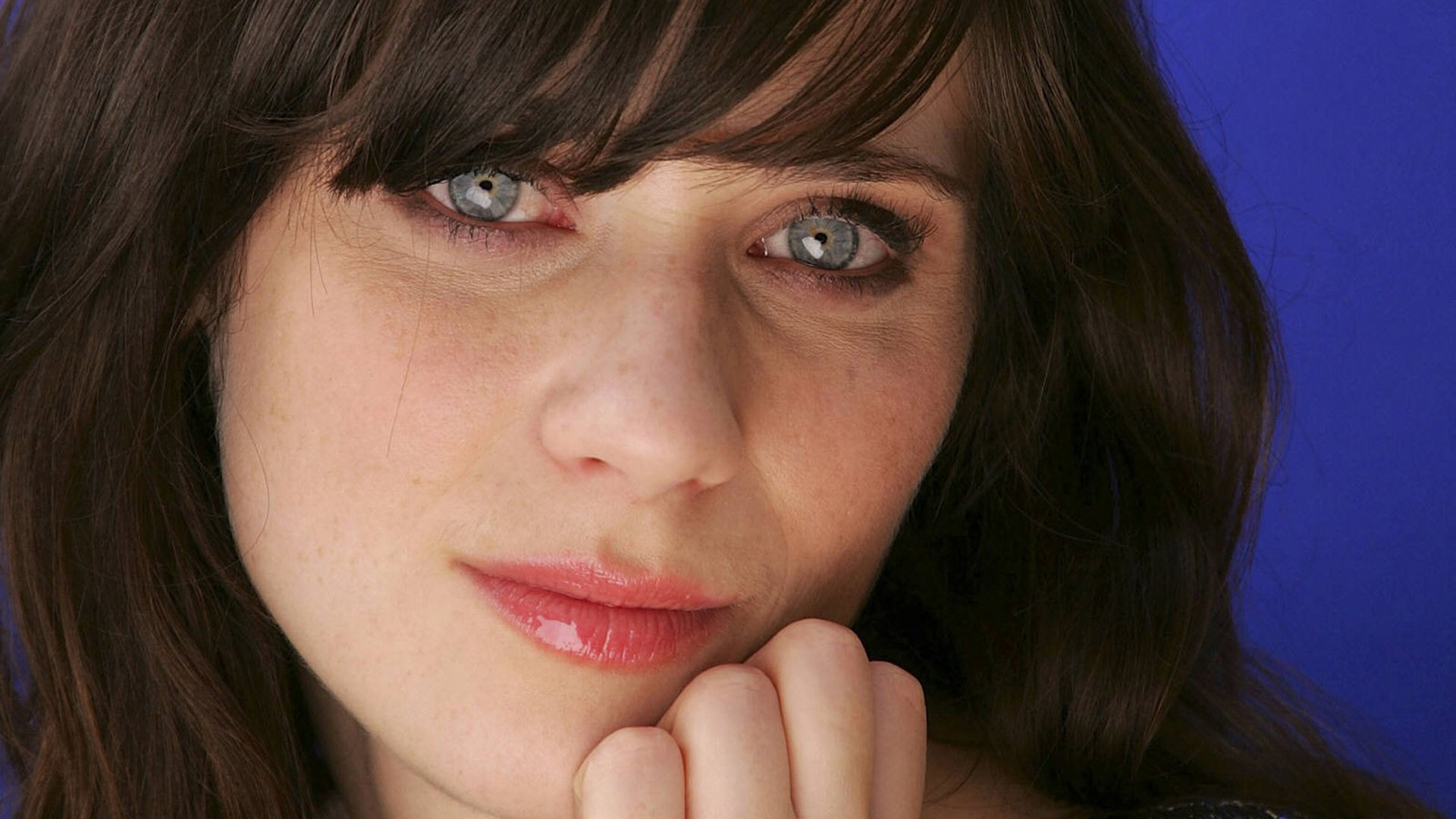 zooey deschanel eyes wallpaper background